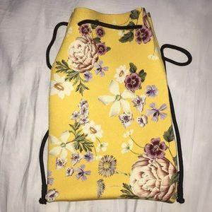 Simple sleek swim wear bag
